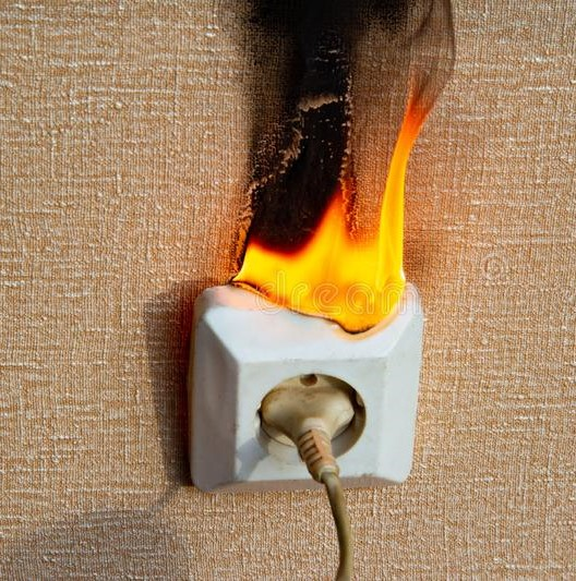 Emergency-electrician-sutherland-shire-defective-wiring-causes-fire-burning-electrical-socket-there-no-people-home-bad-old-outlet