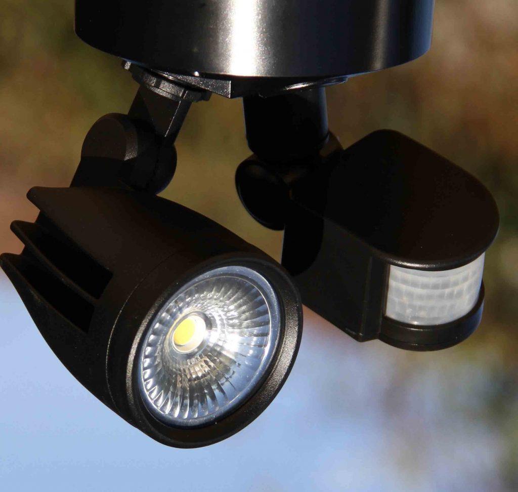 sensor-light-security-outdoor-garden-light-caringbah-sutherland
