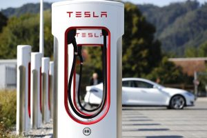 true-local-electricians-electric-car-charger-tesla-power-wall-charger